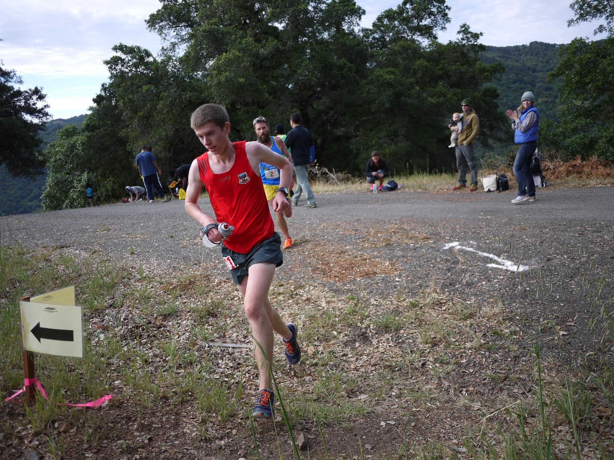 Jared Hazen, followed by Rob Krar, at 2015 Lake Sonoma.