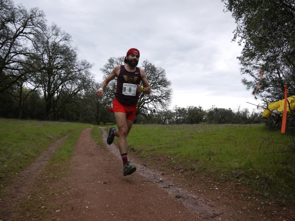 Chris DeNucci at mile 9.